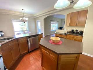 Photo 8: 648 Gessinger Rd in Edmonton: House for rent