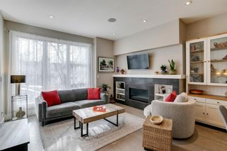 Photo 2: 3707 20 Street SW in Calgary: Altadore Row/Townhouse for sale : MLS®# A1102007