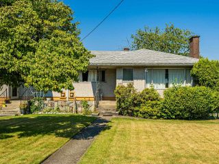 Photo 4: 4955 LORRAINE Avenue in Burnaby: Central Park BS Duplex for sale (Burnaby South)  : MLS®# R2597969