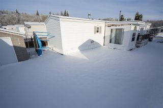 """Photo 2: 154 2500 GRANT Road in Prince George: Hart Highway Manufactured Home for sale in """"HART HIGHWAY"""" (PG City North (Zone 73))  : MLS®# R2423989"""