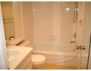 """Photo 9: 502 5350 BALSAM Street in Vancouver: Kerrisdale Condo for sale in """"BALSAM HOUSE"""" (Vancouver West)  : MLS®# V676878"""