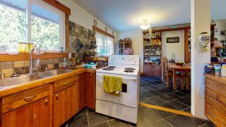 Photo 10: 1252 MARION Place in Gibsons: Gibsons & Area House for sale (Sunshine Coast)  : MLS®# R2513761