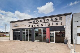 Main Photo: 211 Idylwyld Drive North in Saskatoon: Caswell Hill Commercial for sale : MLS®# SK840101