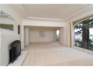 Photo 7: PACIFIC BEACH House for sale : 5 bedrooms : 1712 Beryl Street in San Diego