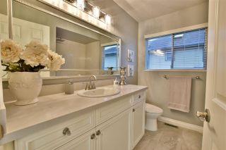 """Photo 16: 21533 86A Crescent in Langley: Walnut Grove House for sale in """"Forest Hills"""" : MLS®# R2423058"""