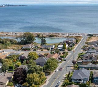 Photo 1: 3316 Lanai Lane in : Co Lagoon House for sale (Colwood)  : MLS®# 886465