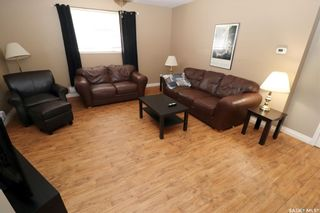 Photo 3: 304 1st Street West in Delisle: Residential for sale : MLS®# SK852362