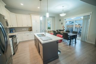 """Photo 6: 24412 113A Avenue in Maple Ridge: Cottonwood MR House for sale in """"MONTGOMERY ACRES"""" : MLS®# R2222184"""