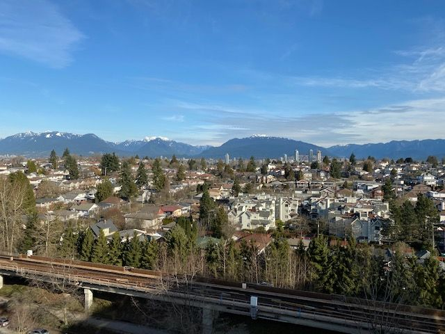 Photo 1: Photos: 1508-5380 Oben St in Vancouver: Collingwood Condo for rent (Vancouver East)