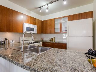 "Photo 4: 403 8060 JONES Road in Richmond: Brighouse South Condo for sale in ""Zenia Gardens"" : MLS®# R2092862"