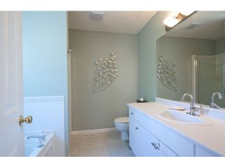 """Photo 10: 34229 RENTON Street in Abbotsford: Central Abbotsford House for sale in """"Glenwill Meadows (East Abbotsford)"""" : MLS®# F1450646"""