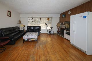 Photo 3: 3605 MARSHALL Street in Vancouver: Grandview Woodland House for sale (Vancouver East)  : MLS®# R2570232