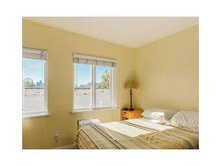 Photo 11: 2038 TRIUMPH ST in Vancouver: Hastings Condo for sale (Vancouver East)  : MLS®# V1138361