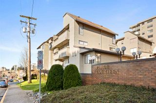 """Main Photo: 101 1363 CLYDE Avenue in West Vancouver: Ambleside Condo for sale in """"PLACE FOURTEEN"""" : MLS®# R2535739"""