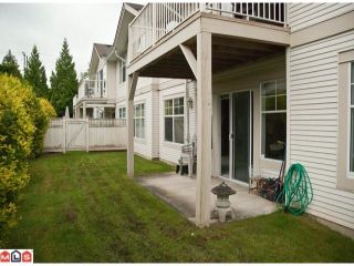 """Photo 9: 14 20751 87TH Avenue in Langley: Walnut Grove Townhouse for sale in """"Summerfield"""" : MLS®# F1113182"""