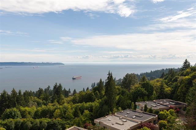 Main Photo: 801 3131 Deer Ridge Drive in West Vancouver: Deer Ridge WV Condo for sale : MLS®# R2433139