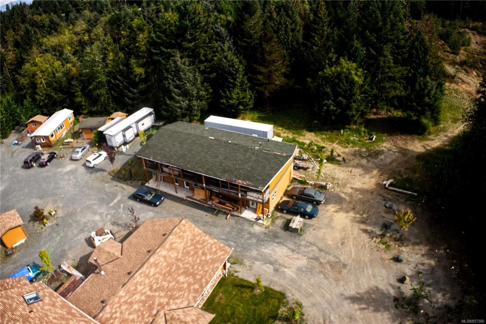 Photo 6: Photos: 1747 Nahmint Rd in : PQ Qualicum North Mixed Use for sale (Parksville/Qualicum)  : MLS®# 857366