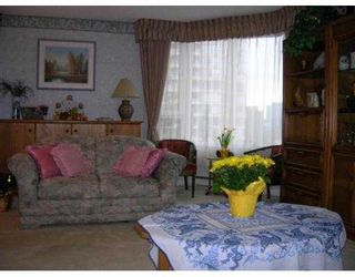 """Photo 7: 5790 PATTERSON Ave in Burnaby: Metrotown Condo for sale in """"REGENT"""" (Burnaby South)  : MLS®# V633199"""