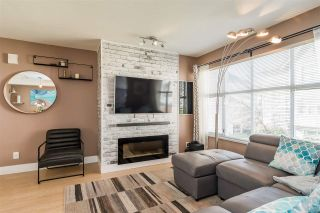 """Photo 3: 43 2450 HAWTHORNE Avenue in Port Coquitlam: Central Pt Coquitlam Townhouse for sale in """"COUNTRY PARK ESTATES"""" : MLS®# R2461060"""