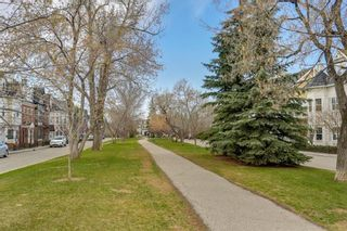 Photo 35: 93 SOMME Boulevard SW in Calgary: Garrison Woods Row/Townhouse for sale : MLS®# C4241800