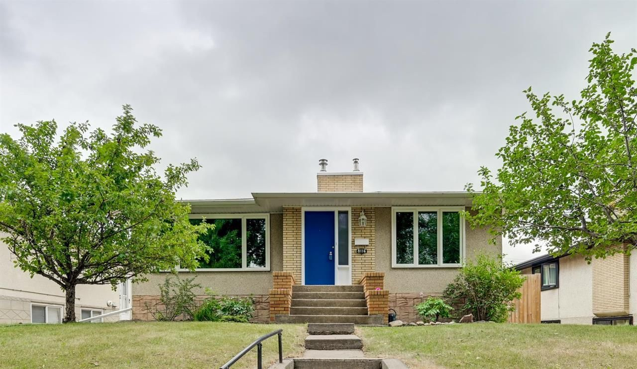 Main Photo: 8116 96 Avenue NW in Edmonton: House for sale