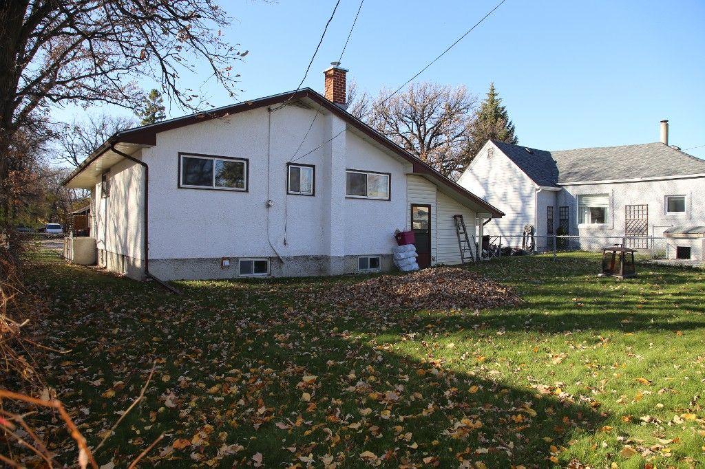 Photo 45: Photos: 407 Wallasey Street in WINNIPEG: Grace Hospital Area Single Family Detached for sale (West Winnipeg)  : MLS®# 1426170