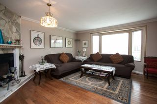 Photo 2: 16268 14 Avenue in Surrey: King George Corridor House for sale (South Surrey White Rock)  : MLS®# R2009127
