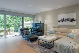 "Photo 2: 4035 VINE Street in Vancouver: Quilchena Townhouse for sale in ""Arbutus Village"" (Vancouver West)  : MLS®# R2557670"