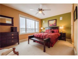 Photo 13: 243 STRATHRIDGE Place SW in Calgary: Strathcona Park House for sale : MLS®# C4101454