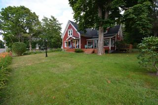 Photo 2: 646 HIGHWAY 1 in Smiths Cove: 401-Digby County Residential for sale (Annapolis Valley)  : MLS®# 202118345