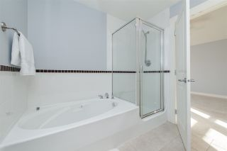 """Photo 14: 70 19932 70 Avenue in Langley: Willoughby Heights Townhouse for sale in """"Summerwood"""" : MLS®# R2114626"""