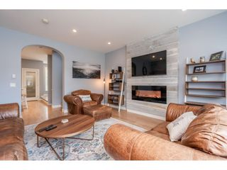 """Photo 6: 5 288 171 Street in Surrey: Pacific Douglas Townhouse for sale in """"Summerfield"""" (South Surrey White Rock)  : MLS®# R2508746"""