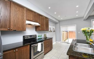 Photo 10: 23 E Clarinet Lane in Whitchurch-Stouffville: Stouffville House (2-Storey) for sale : MLS®# N5093596