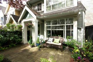 """Photo 1: 7430 MAGNOLIA Terrace in Burnaby: Highgate Townhouse for sale in """"CAMARILLO"""" (Burnaby South)  : MLS®# R2080942"""