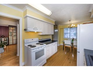 Photo 9: 26953 28A Avenue in Langley: Aldergrove Langley House for sale : MLS®# R2222308