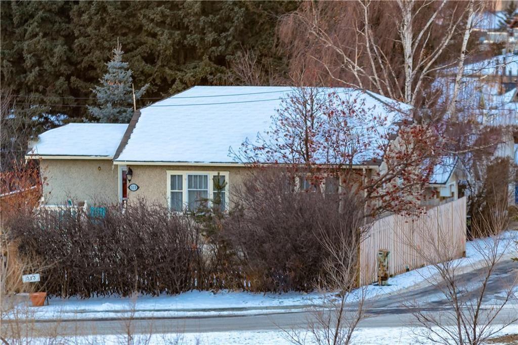Main Photo: 313 ROSS Avenue: Cochrane Detached for sale : MLS®# C4220607