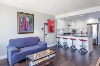 """Photo 3: 407 131 E 3RD Street in North Vancouver: Lower Lonsdale Condo for sale in """"THE ANCHOR"""" : MLS®# R2615720"""