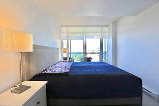 """Photo 6: 1801 1455 GEORGE Street: White Rock Condo for sale in """"AVRA"""" (South Surrey White Rock)  : MLS®# R2512335"""