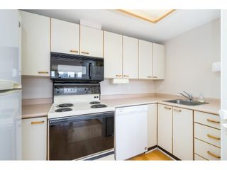 """Photo 12: 705 15111 RUSSELL Avenue: White Rock Condo for sale in """"Pacific Terrace"""" (South Surrey White Rock)  : MLS®# R2594025"""