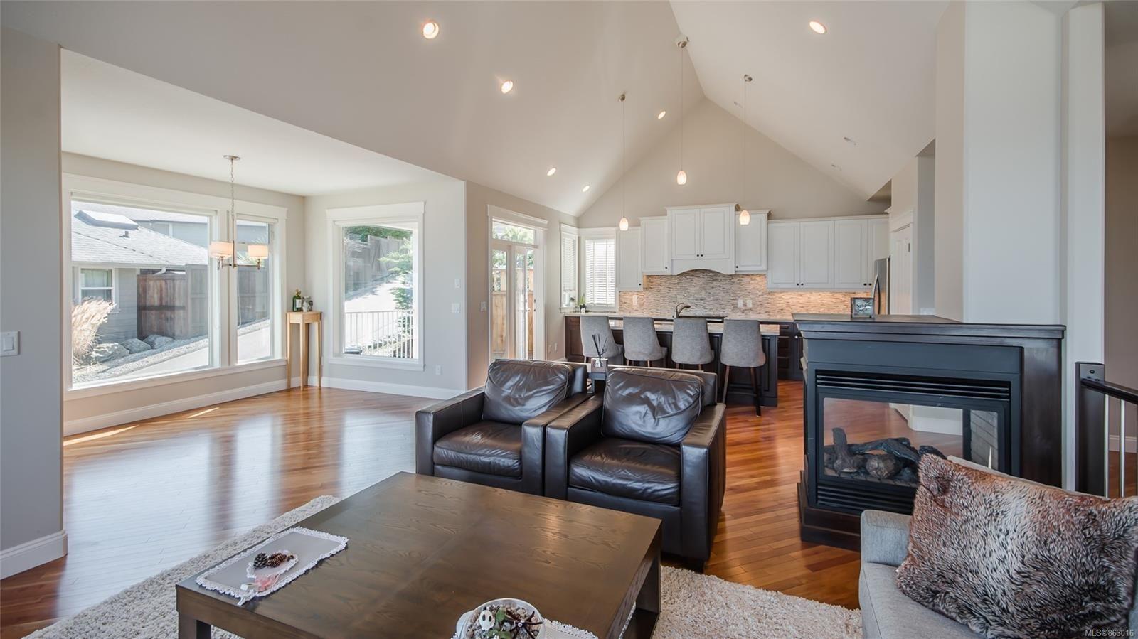 Photo 9: Photos: 5361 Laguna Way in : Na North Nanaimo House for sale (Nanaimo)  : MLS®# 863016
