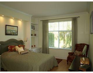 """Photo 4: 27 5900 FERRY Road in Ladner: Neilsen Grove Townhouse for sale in """"CHESAPEAKE LANDING"""" : MLS®# V666858"""