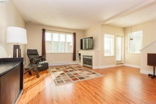 Photo 3: 2121 Greenhill Rise in VICTORIA: La Bear Mountain Row/Townhouse for sale (Langford)  : MLS®# 790906