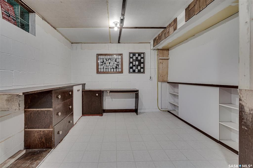 Photo 33: Photos: 105 2nd Street East in Langham: Residential for sale : MLS®# SK849707