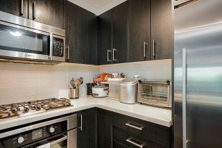 """Photo 5: 320 3163 RIVERWALK Avenue in Vancouver: South Marine Condo for sale in """"New Water"""" (Vancouver East)  : MLS®# R2584543"""