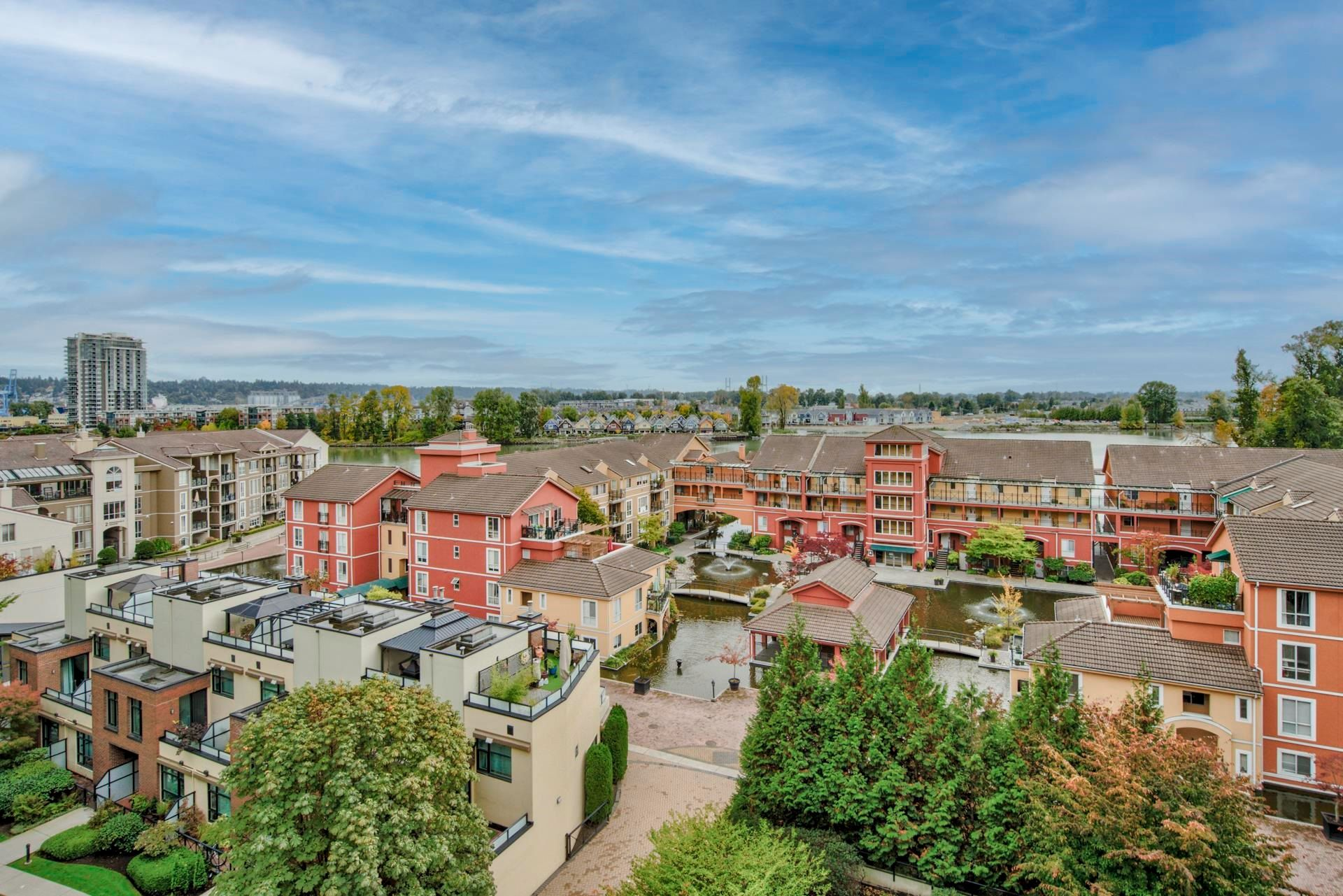 """Main Photo: 411 7 RIALTO Court in New Westminster: Quay Condo for sale in """"Murano Lofts"""" : MLS®# R2625495"""