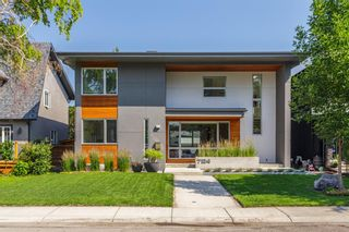 Main Photo: 724 26 Avenue NW in Calgary: Mount Pleasant Detached for sale : MLS®# A1129193