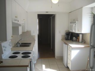 Photo 5: 693 Martin Avenue in WINNIPEG: East Kildonan Residential for sale (North East Winnipeg)  : MLS®# 1507835