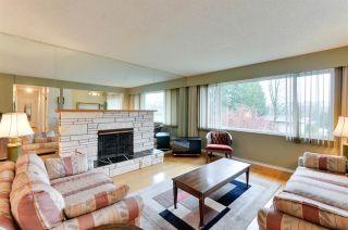 """Photo 2: 5245 EGLINTON Street in Burnaby: Deer Lake Place House for sale in """"DEER LAKE PLACE"""" (Burnaby South)  : MLS®# R2275993"""