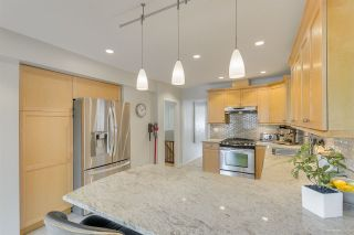 Photo 9: 637 E 11 Avenue in Vancouver: Mount Pleasant VE House for sale (Vancouver East)  : MLS®# R2509056