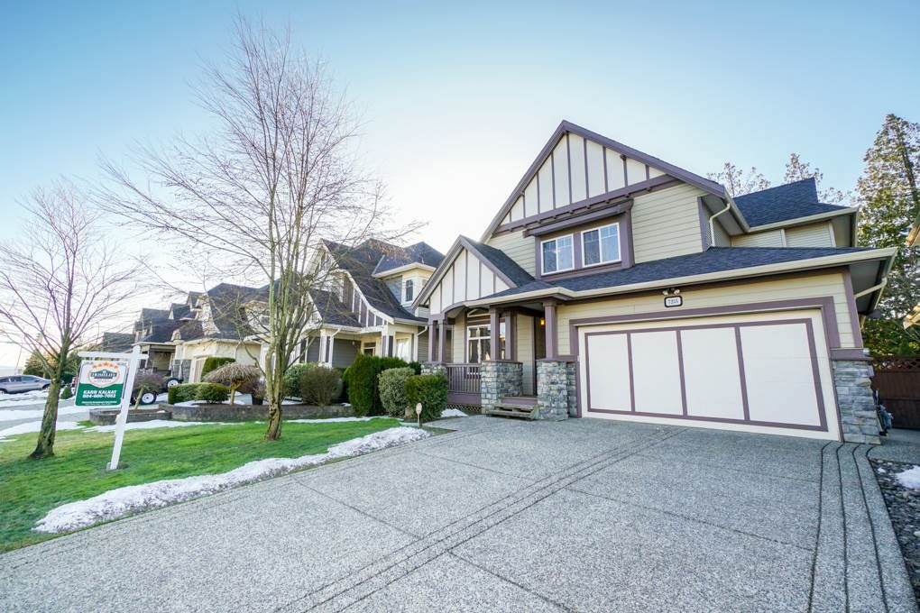 "Main Photo: 7255 201 Street in Langley: Willoughby Heights House for sale in ""Jericho Ridge"" : MLS®# R2341418"